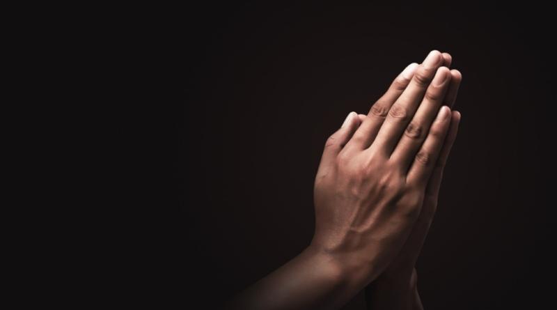 ЩО ВІДБУВАЄТЬСЯ У МОЗКУ КОЛИ МИ МОЛИМОСЯ?